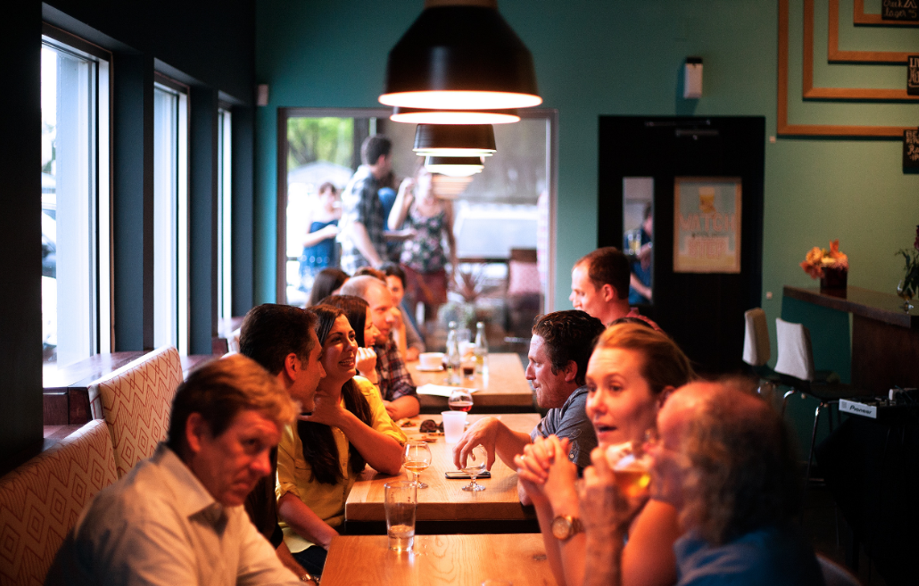 image of diners in a restaurant