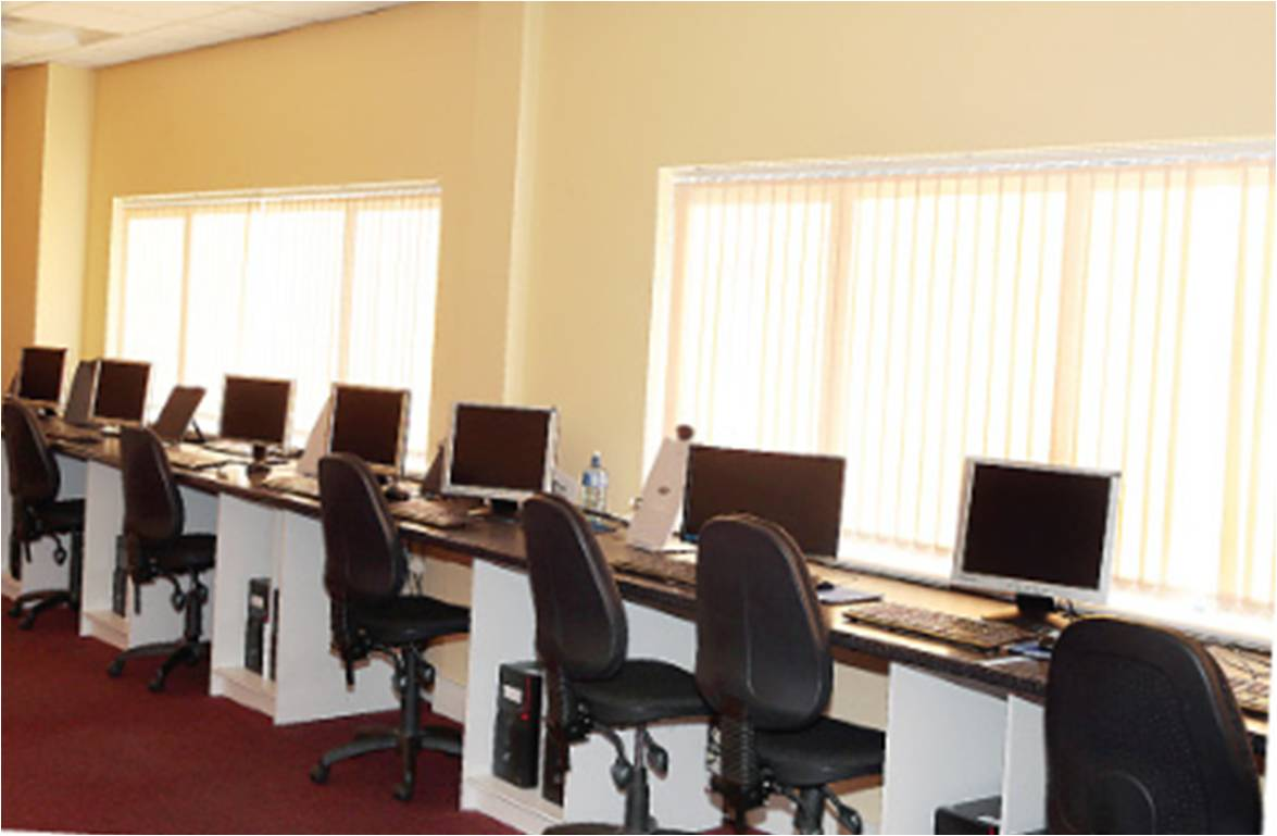 image of a computer training room